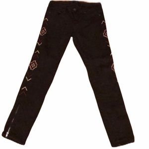 BLACK AEMBROIDERED STRETCH JEANS 27